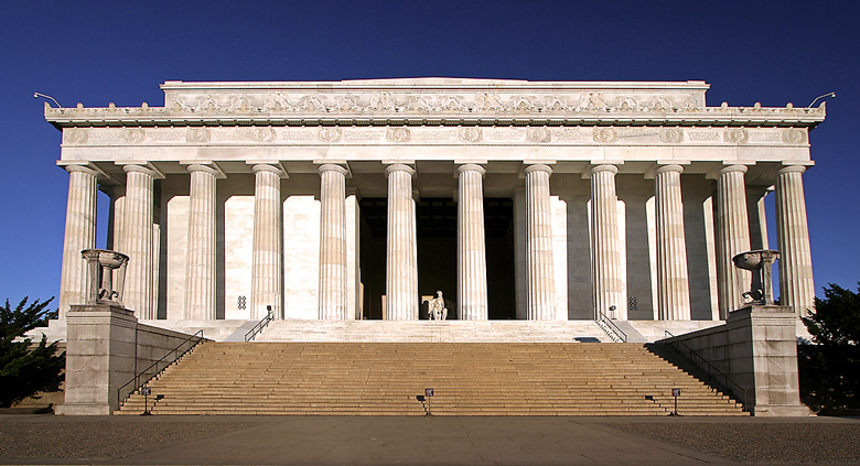 Lincoln Memorial Front Photo