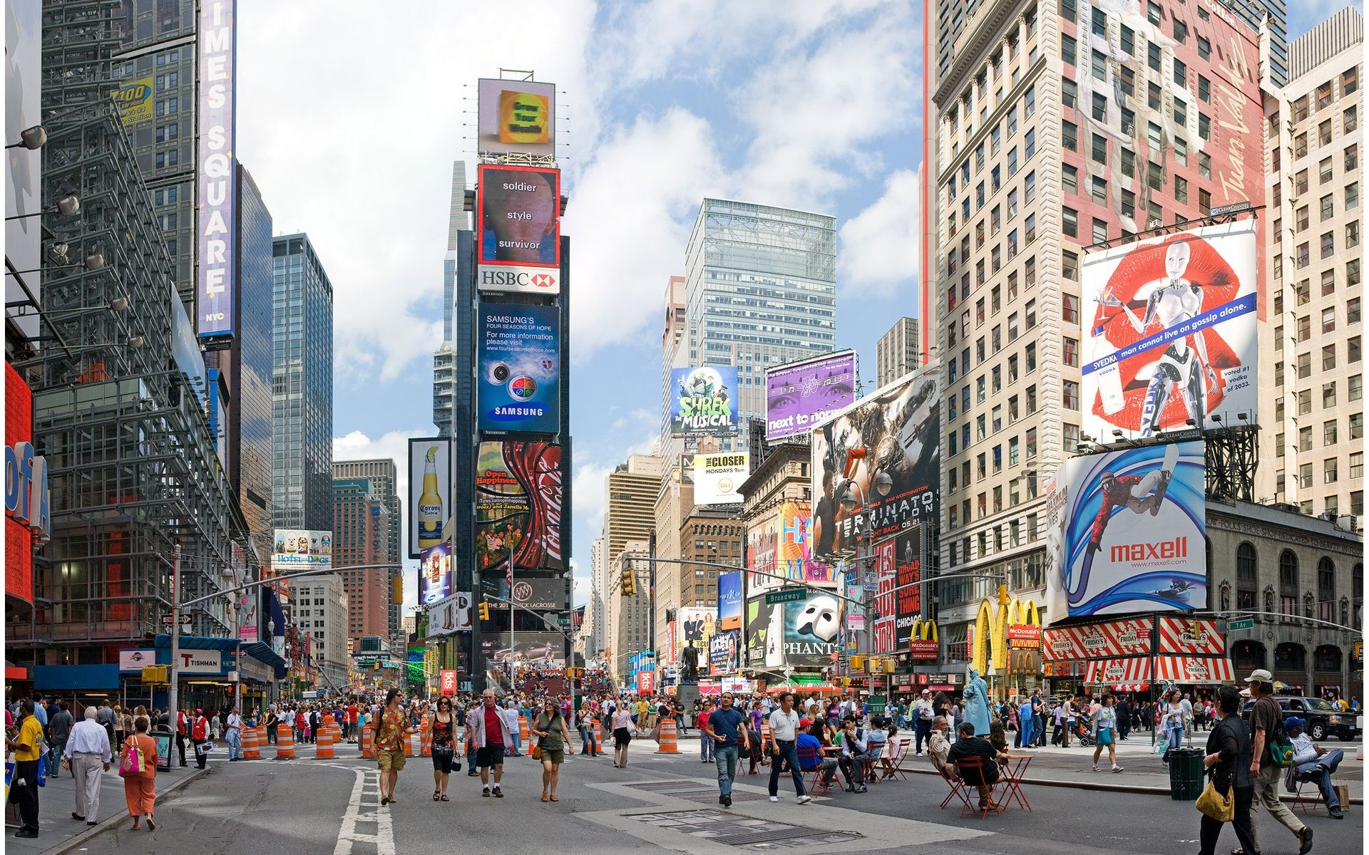 Times Square Daytime Pictures