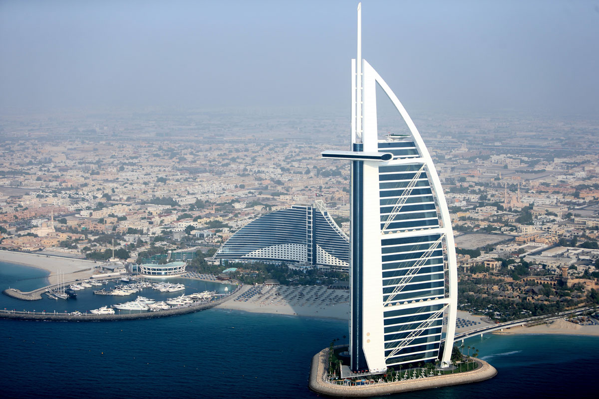 Explore the grandeur of burj al arab dubai for Hotel burj al arab