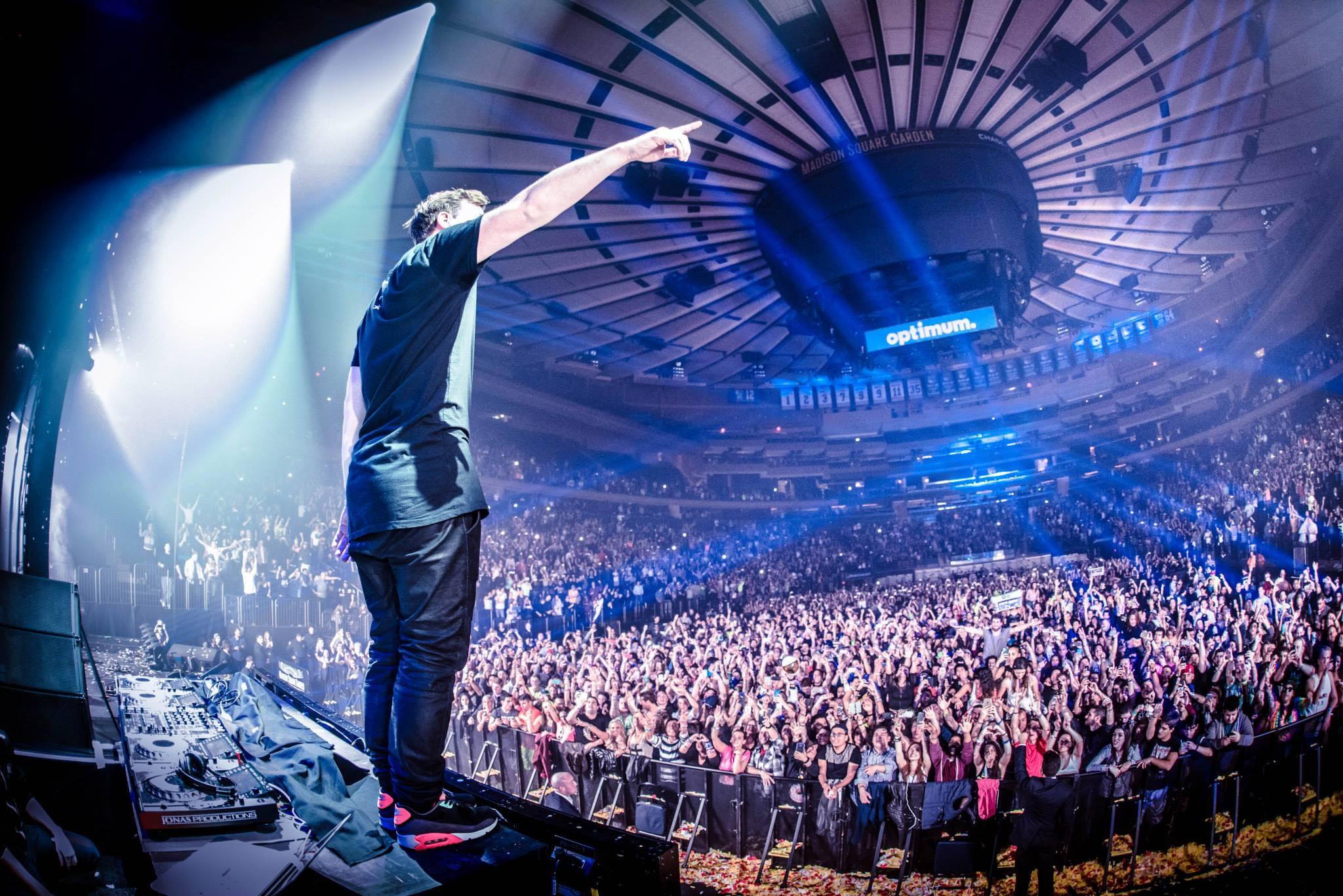 Madison Square Garden Music Concert