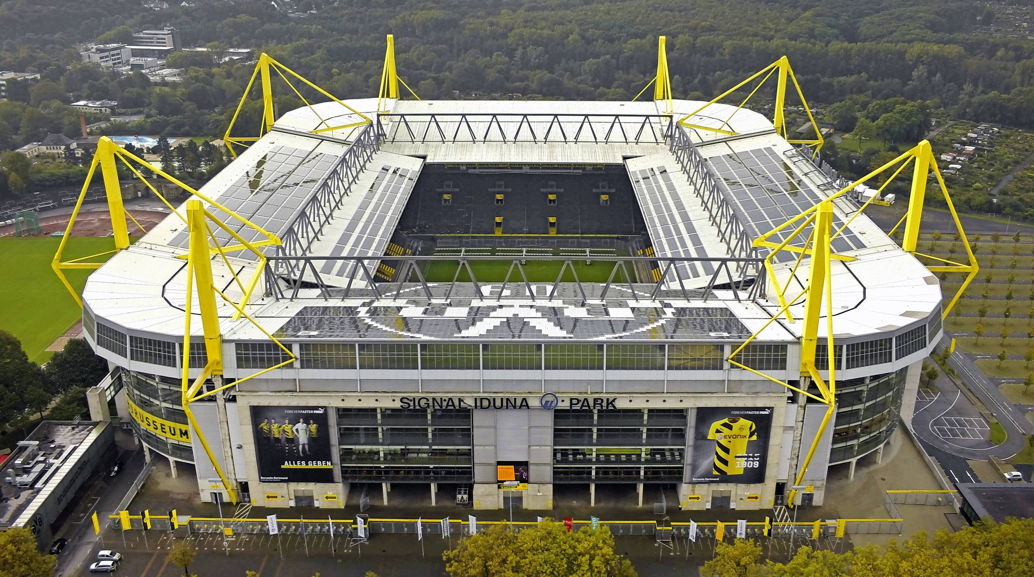 signal iduna park the largest stadium in germany. Black Bedroom Furniture Sets. Home Design Ideas